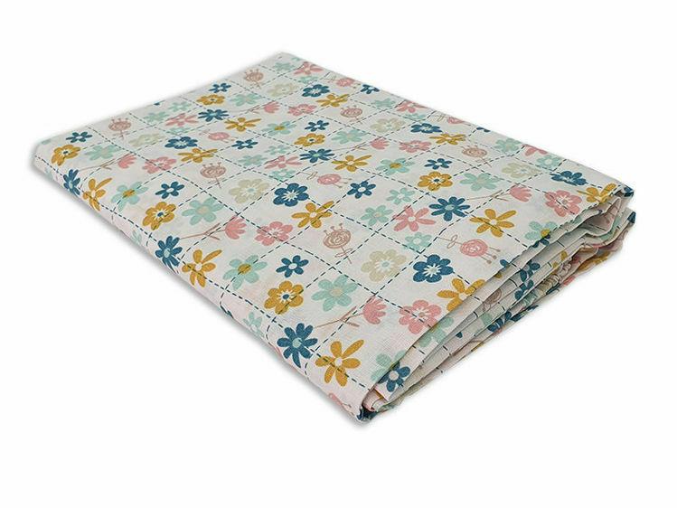 """Poza cu Cearceaf cu elastic, KidsDecor, patut bebelus 60x120 cm imprimat cu floricele """"Floricele jucause"""""""